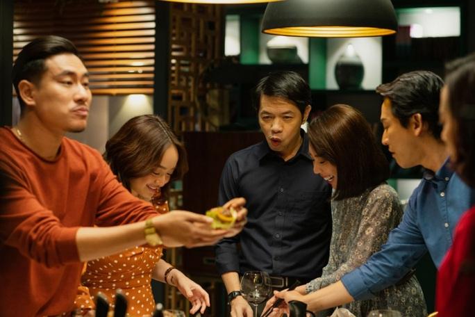 """""""Tiệc trăng máu"""" vào tốp 5 phim Việt ăn khách nhất - Ảnh 1."""