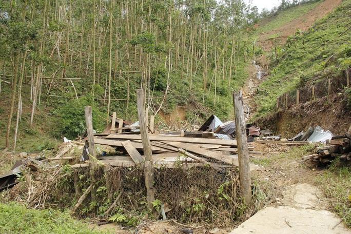 Xót xa cuộc sống tại Trà Vân gần 1 tháng sau trận sạt lở kinh hoàng - Ảnh 7.