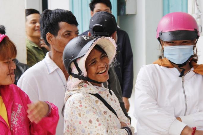 Xót xa cuộc sống tại Trà Vân gần 1 tháng sau trận sạt lở kinh hoàng - Ảnh 15.