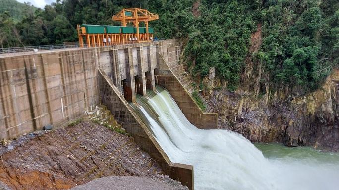 Thủy điện Thượng Nhật chống lệnh vận hành hồ chứa bị phạt 500 triệu đồng - Ảnh 2.