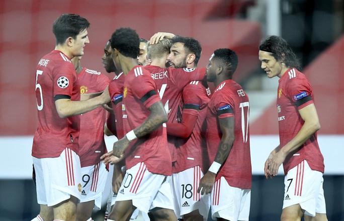 Bruno Fernandes lập siêu phẩm, Man United đại thắng tại Old Trafford - Ảnh 3.