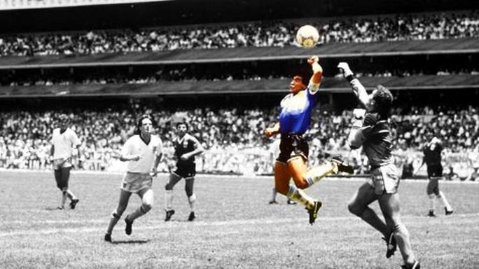 NÓNG: Danh thủ Diego Maradona đột ngột qua đời ở tuổi 60 - Ảnh 2.