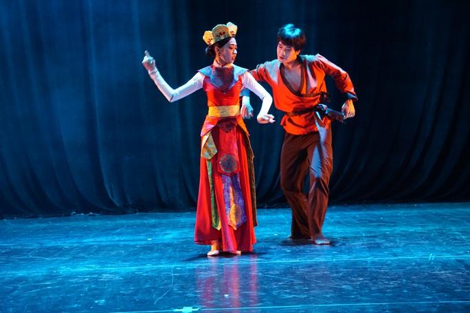 Hàng trăm nghệ sĩ múa tranh tài tại Liên hoan nghệ thuật múa lần 6 - 2020 - Ảnh 2.