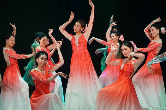 Hàng trăm nghệ sĩ múa tranh tài tại Liên hoan nghệ thuật múa lần 6 - 2020 - Ảnh 6.