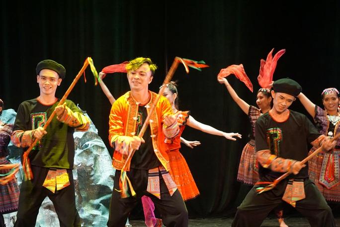 Hàng trăm nghệ sĩ múa tranh tài tại Liên hoan nghệ thuật múa lần 6 - 2020 - Ảnh 8.