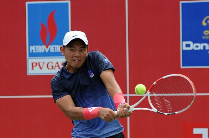 Lý Hoàng Nam đè bẹp đàn em tại VTF Masters 500 lần 2 - Ảnh 1.