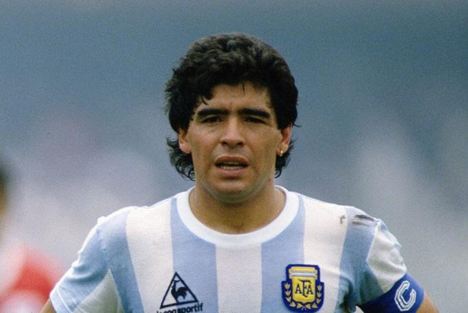 NÓNG: Danh thủ Diego Maradona đột ngột qua đời ở tuổi 60 - Ảnh 1.