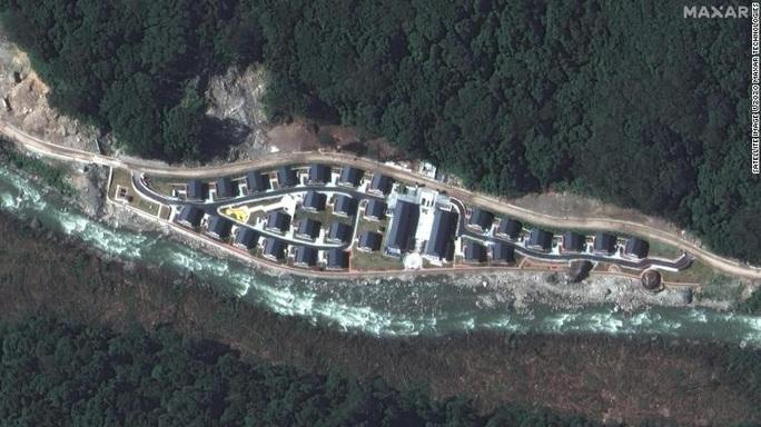 Ảnh vệ tinh: Trung Quốc xây làng trên đất Bhutan? - Ảnh 2.