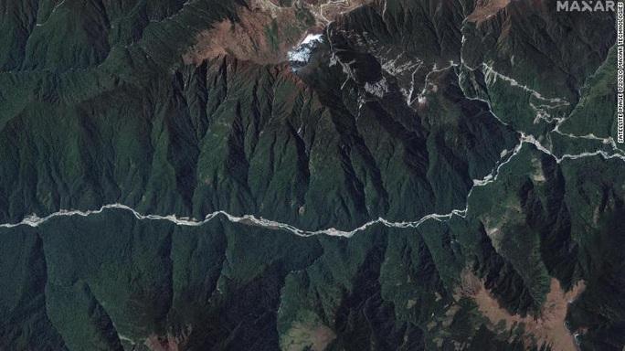 Ảnh vệ tinh: Trung Quốc xây làng trên đất Bhutan? - Ảnh 3.