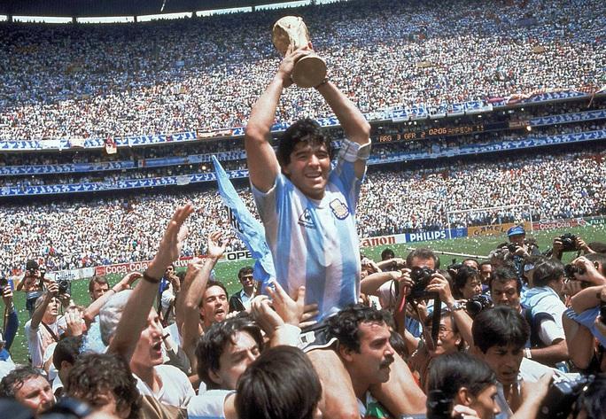 Cuộc đời Diego Armando Maradona qua những tấm ảnh để đời (1960-2020) - Ảnh 6.