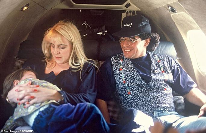 Cuộc đời Diego Armando Maradona qua những tấm ảnh để đời (1960-2020) - Ảnh 13.