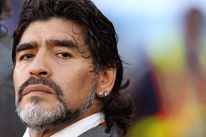 Cuộc đời Diego Armando Maradona qua những tấm ảnh để đời (1960-2020) - Ảnh 1.