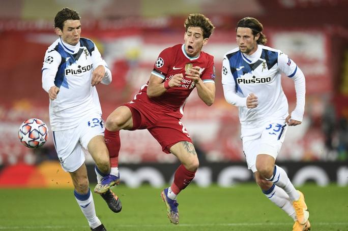 Ghi 2 bàn trong 3 phút, Atalanta thắng sốc Liverpool ở Anfield - Ảnh 1.