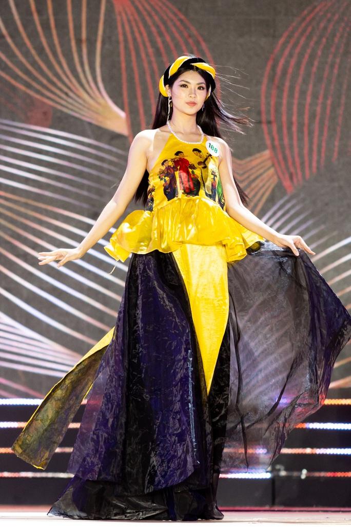 Lạ mắt với trang phục dân tộc của thí sinh Hoa khôi du lịch Việt Nam 2020 - Ảnh 3.