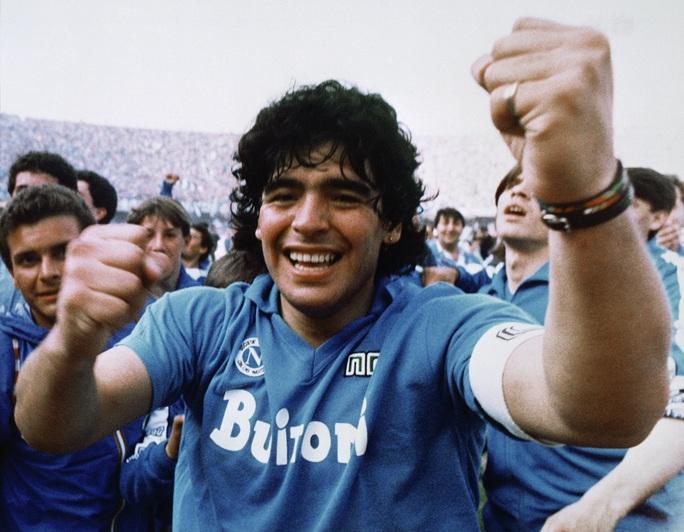 Cuộc đời Diego Armando Maradona qua những tấm ảnh để đời (1960-2020) - Ảnh 8.