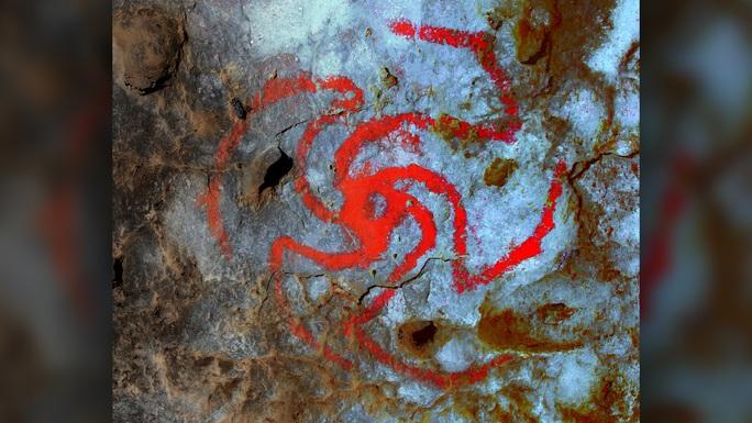 Rùng mình chong chóng máu tiết lộ ma dược cổ xưa nhất thế giới - Ảnh 1.