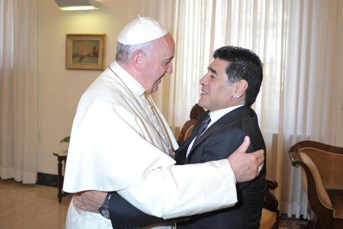 Cuộc đời Diego Armando Maradona qua những tấm ảnh để đời (1960-2020) - Ảnh 20.