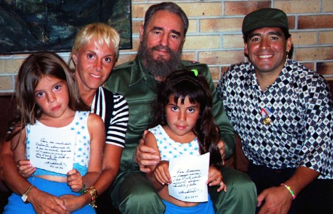 Cuộc đời Diego Armando Maradona qua những tấm ảnh để đời (1960-2020) - Ảnh 15.