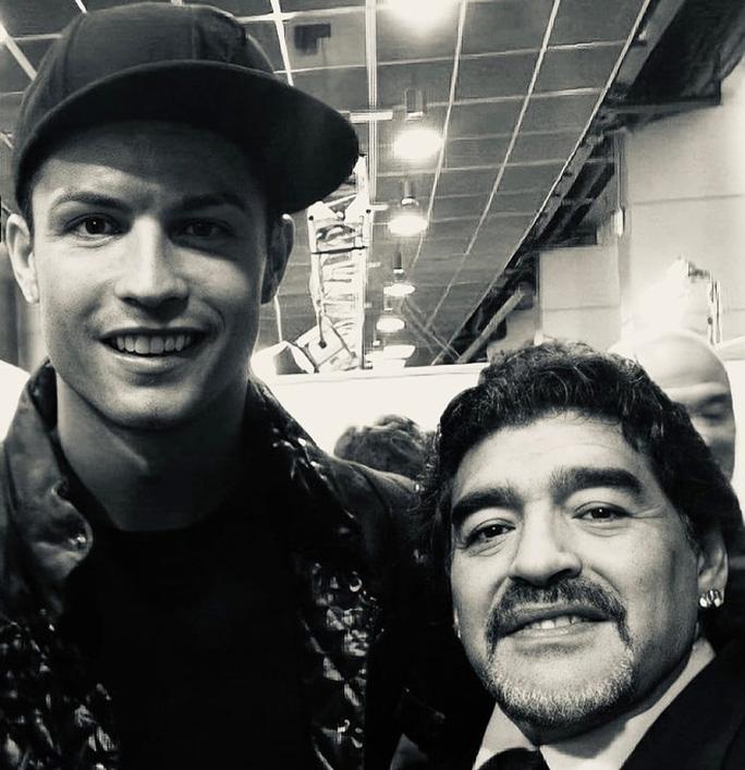 Pele, Ronaldo, Messi và thế giới bóng đá tiễn biệt Diego Maradona - Ảnh 4.