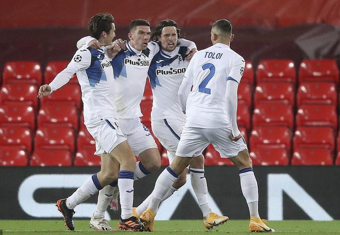Ghi 2 bàn trong 3 phút, Atalanta thắng sốc Liverpool ở Anfield - Ảnh 6.