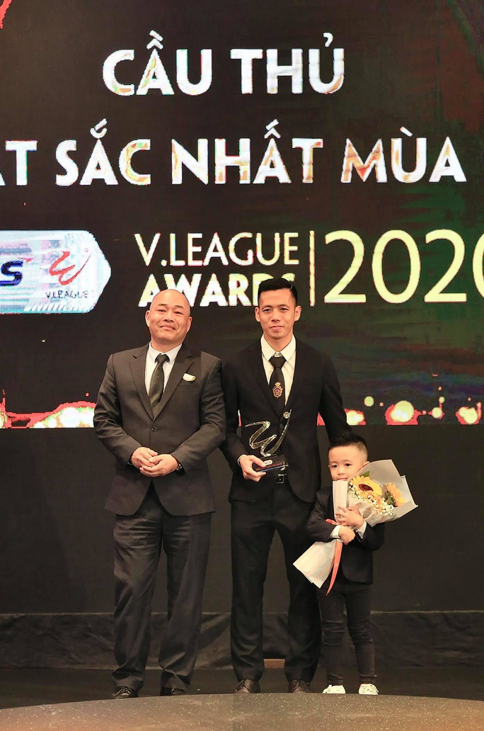 Công bố danh sách tập trung đội tuyển Việt Nam, đá 1 trận giao hữu ở TP HCM - Ảnh 2.