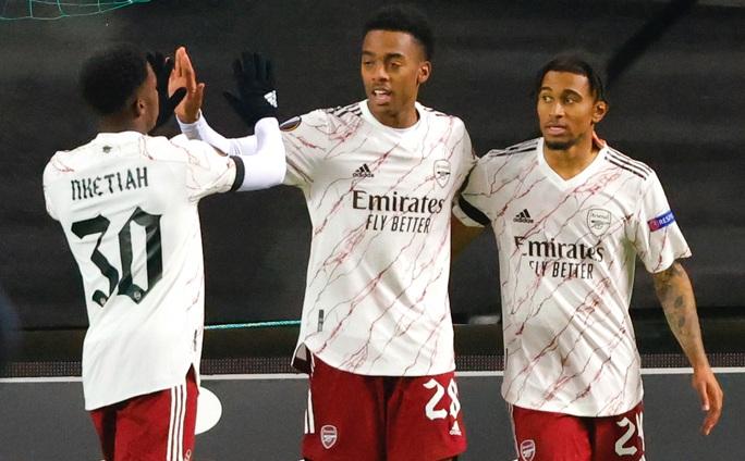 Arsenal phá ải Molde, bóng đá Anh đại thắng Europa League - Ảnh 1.