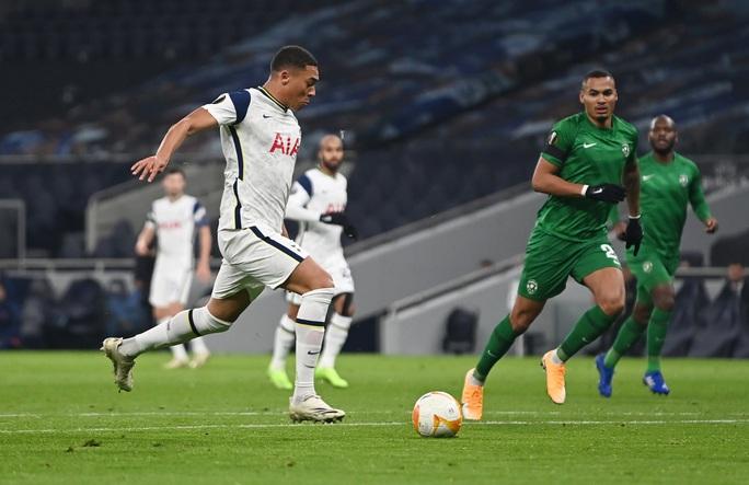 Harry Winks lập siêu phẩm, Tottenham chờ vượt vòng bảng Europa League - Ảnh 2.