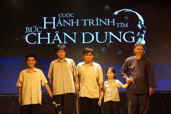 Nhà hát Kịch TP HCM đưa công nghệ 4.0 vào vở mới - Ảnh 1.