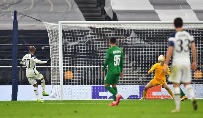 Harry Winks lập siêu phẩm, Tottenham chờ vượt vòng bảng Europa League - Ảnh 5.