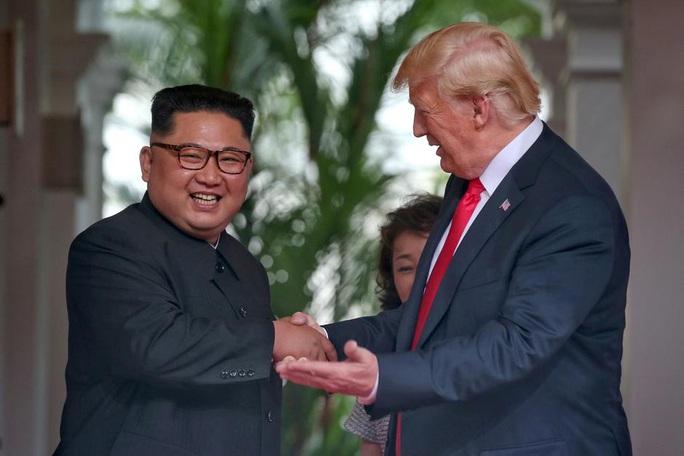"""Triều Tiên sẽ """"chào đón"""" ông Biden bằng tên lửa đạn đạo liên lục địa? - Ảnh 2."""