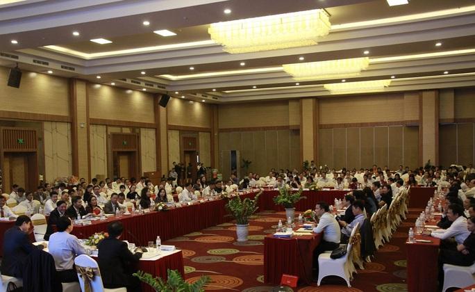 Bộ trưởng Phùng Xuân Nhạ: Phải rút kinh nghiệm sạn trong sách giáo khoa lớp 1 - Ảnh 1.