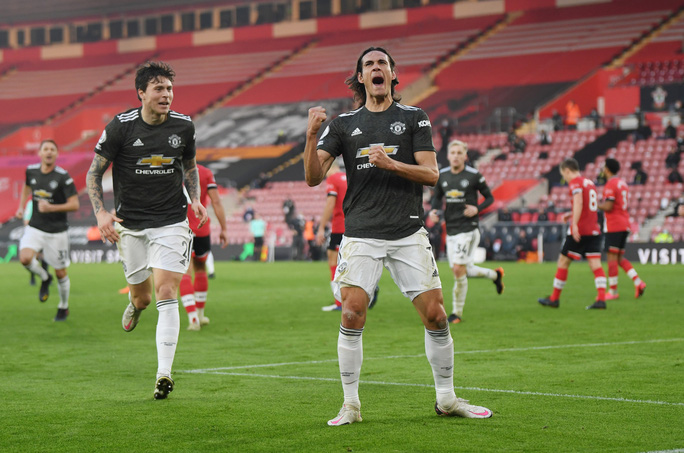 Cavani lập cú đúp siêu hạng, Man United ngược dòng tưng bừng trước Southampton - Ảnh 6.