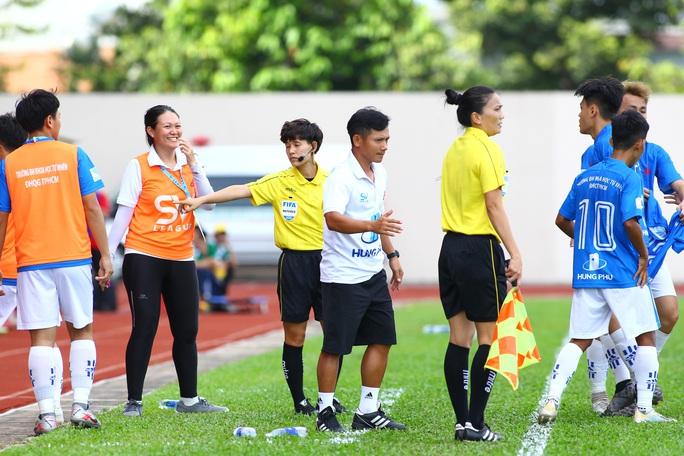 Có ngoại binh, Trường Đại học Tôn Đức Thắng vẫn lỡ hẹn bán kết SV-League - Ảnh 3.