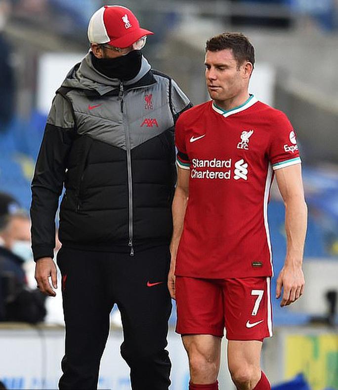 Man City dội mưa bàn thắng, Liverpool tái chiếm ngôi đầu Ngoại hạng - Ảnh 1.
