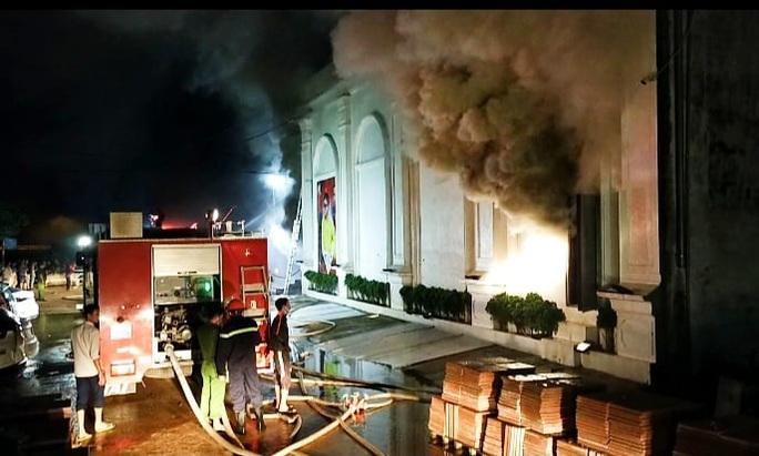 Xác định nguyên nhân vụ cháy quán bar X5 khiến 3 cô gái 18-19 tuổi tử vong - Ảnh 1.
