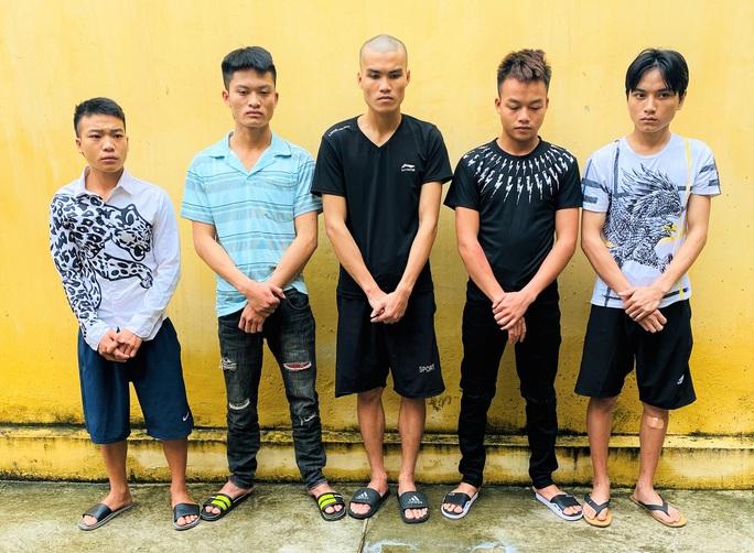 5 thanh, thiếu niên chặn đường, cướp xe máy - Ảnh 1.