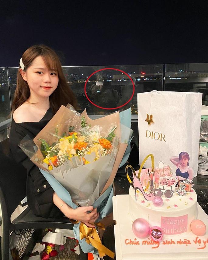 Drama tình ái của ngôi sao Quang Hải với cặp sừng trên đầu - Ảnh 2.