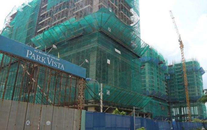Nhiều vi phạm tại dự án nhà tái định cư kết hợp kinh doanh ở Phước Kiển - Ảnh 1.