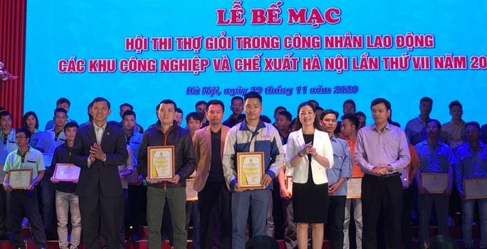 Hà Nội: Rèn tay nghề cho công nhân - Ảnh 1.