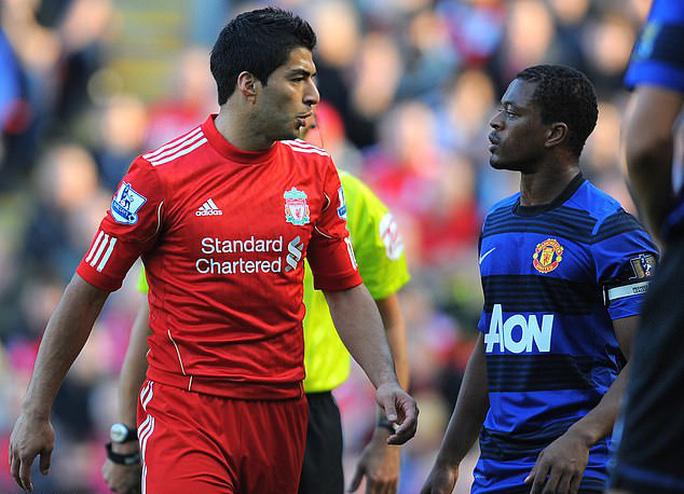 Người hùng Cavani đối mặt án treo giò 3 trận, Man United bàng hoàng - Ảnh 2.