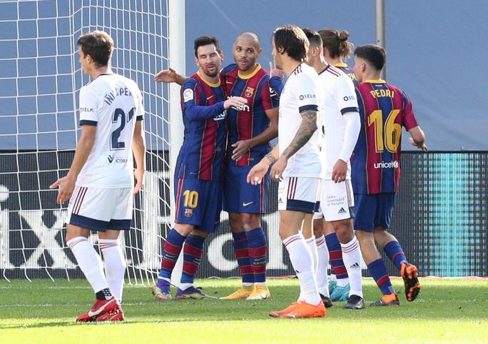 Messi, Griezmann cùng lập siêu phẩm, Barcelona lên Top 7 La Liga - Ảnh 4.