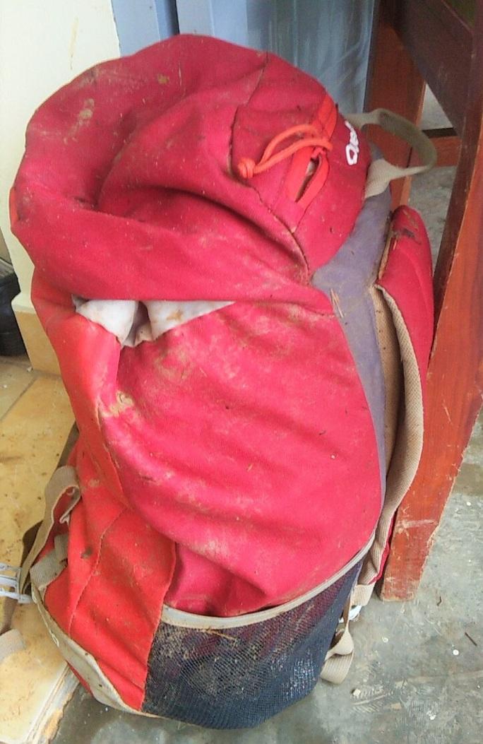 Tìm thấy túi xách và điện thoại của 2 du khách bị lũ cuốn mất tích ở Lâm Đồng - Ảnh 3.