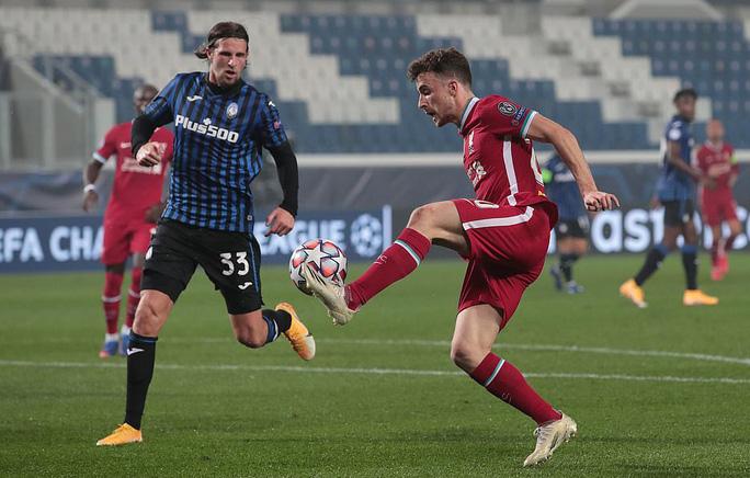Diogo Jota lập hat-trick, Liverpool đại thắng Atalanta trên đất Ý - Ảnh 3.