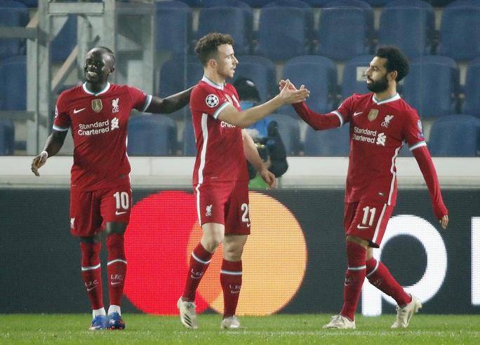 Diogo Jota lập hat-trick, Liverpool đại thắng Atalanta trên đất Ý - Ảnh 1.