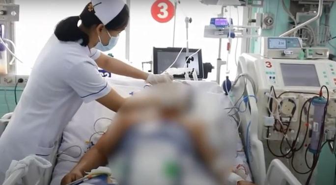 Cứu sống nam thanh niên bị điện giật ngưng tim, ngưng thở - Ảnh 1.