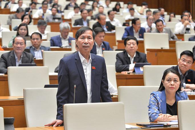 Đại biểu Quốc hội tranh luận chuyển cơ quan điều tra về sai sót sách giáo khoa lớp 1 - Ảnh 2.