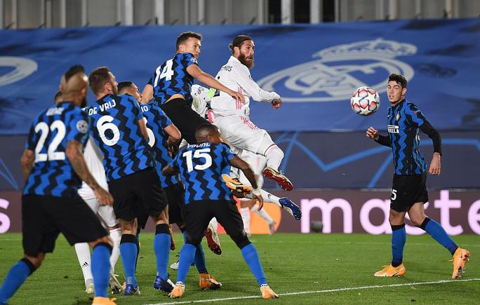 Rượt đuổi tỉ số ở đại chiến, Real Madrid chật vật hạ Inter Milan - Ảnh 3.