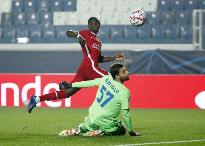 Diogo Jota lập hat-trick, Liverpool đại thắng Atalanta trên đất Ý - Ảnh 5.