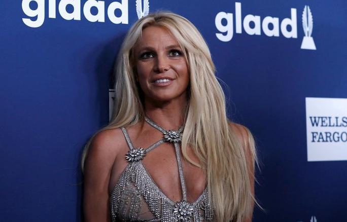 Britney Spears trấn an người hâm mộ rằng vẫn ổn - Ảnh 2.
