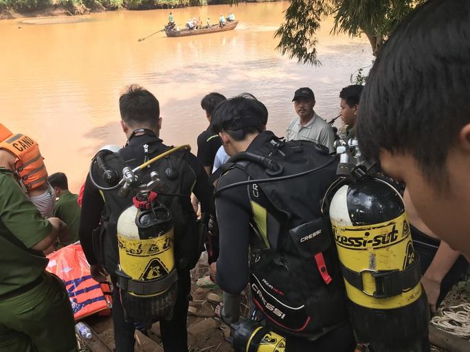 Bình Phước: Thả cá phóng sinh, hai người chết vì đuối nước - Ảnh 1.